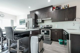 """Photo 6: 3 14660 105A Avenue in Surrey: Guildford Townhouse for sale in """"Park Place Village"""" (North Surrey)  : MLS®# R2569582"""