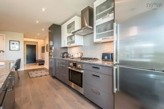 Photo 7: 511 1585 South Park Street in Halifax: 2-Halifax South Residential for sale (Halifax-Dartmouth)  : MLS®# 202125747