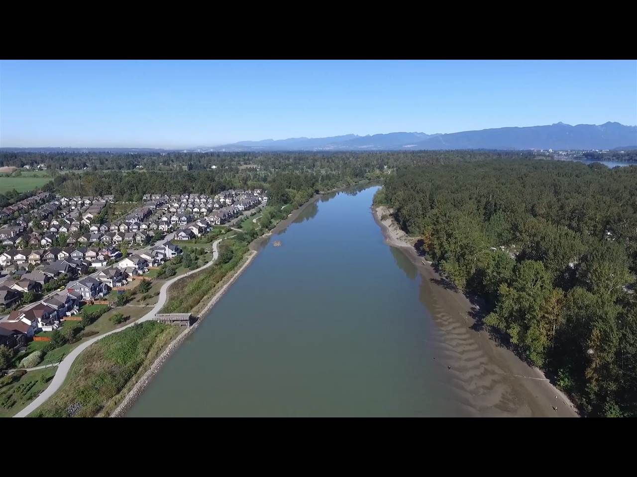 """Photo 25: Photos: 309 23215 BILLY BROWN Road in Langley: Fort Langley Condo for sale in """"WATERFRONT at Bedford Landing"""" : MLS®# R2472976"""