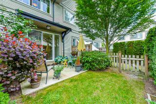"""Photo 1: 83 2501 161A Street in Surrey: Grandview Surrey Townhouse for sale in """"Highland"""" (South Surrey White Rock)  : MLS®# R2378719"""