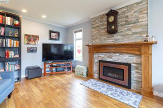 Photo 4: 9624 Barnes Pl in SIDNEY: Si Sidney South-West House for sale (Sidney)  : MLS®# 839845