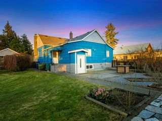 Photo 2: 4201 Victoria Ave in : Na Uplands House for sale (Nanaimo)  : MLS®# 869463