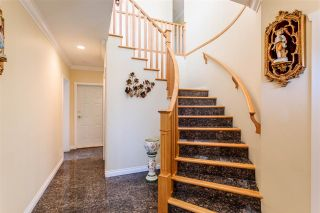 Photo 2: 4015 FRANCES Street in Burnaby: Willingdon Heights House for sale (Burnaby North)  : MLS®# R2495067