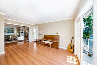 """Photo 8: 15580 COLUMBIA Avenue: White Rock House for sale in """"White Rock"""" (South Surrey White Rock)  : MLS®# R2599459"""