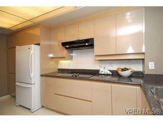 Photo 10: 400 630 Montreal St in VICTORIA: Vi James Bay Condo for sale (Victoria)  : MLS®# 522102