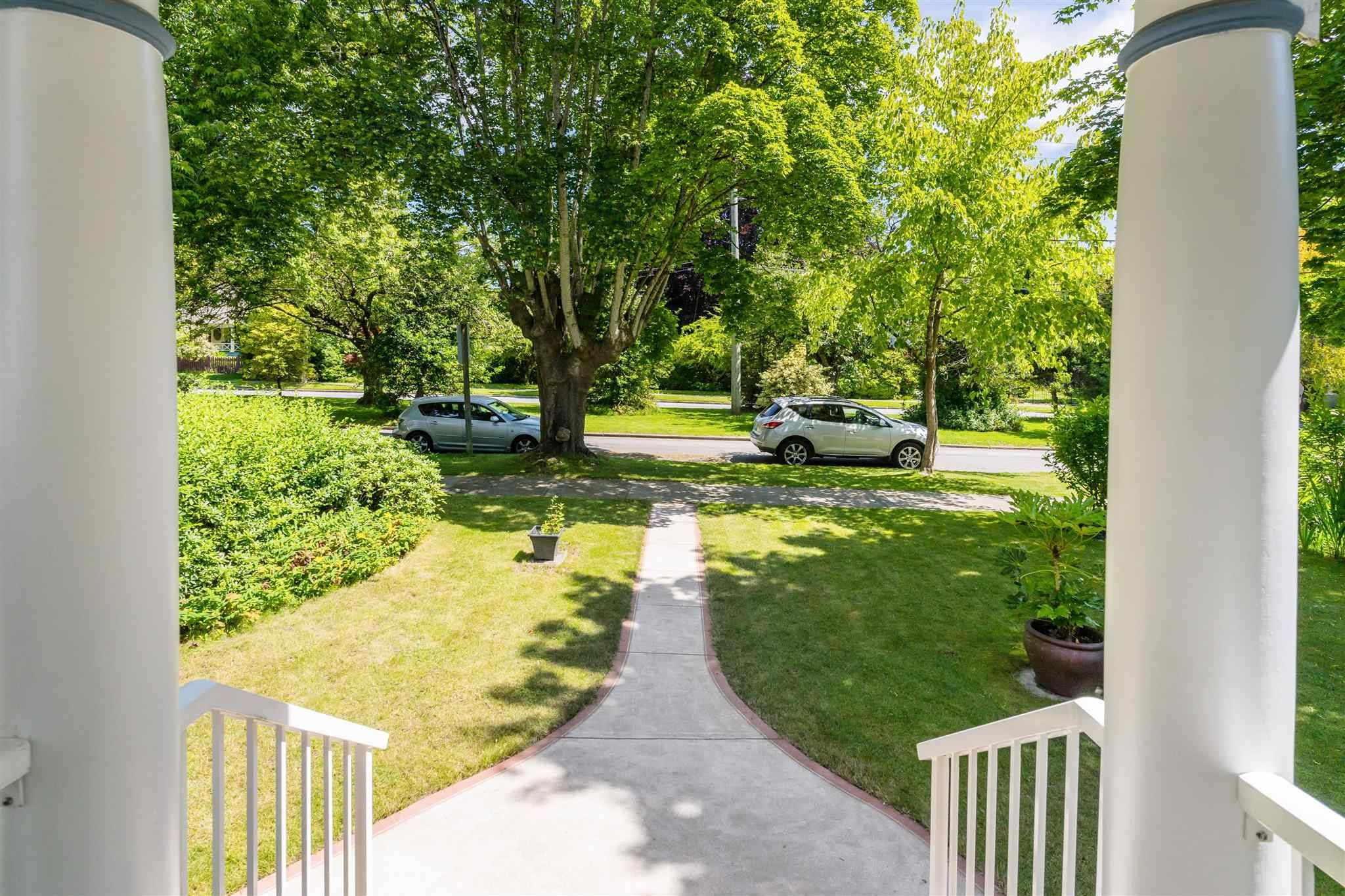 Photo 32: Photos: 412 FIFTH STREET in New Westminster: Queens Park House for sale : MLS®# R2594885