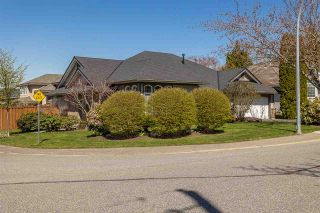 Photo 4: 4612 218A Street in Langley: Murrayville House for sale : MLS®# R2567507