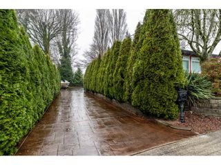 Photo 2: 8433 ARBOUR Place in Delta: Nordel House for sale (N. Delta)  : MLS®# R2423345
