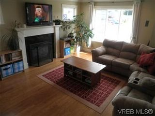 Photo 2: 2284 Church Hill Dr in SOOKE: Sk Sooke Vill Core House for sale (Sooke)  : MLS®# 597553
