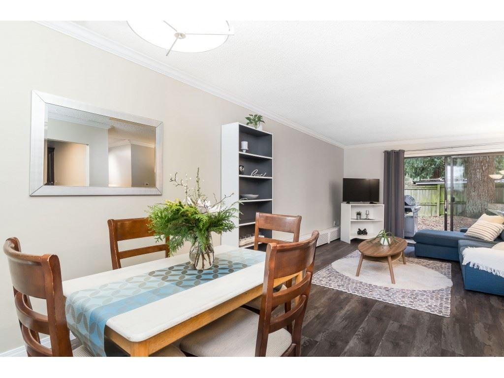 """Photo 12: Photos: 113 33400 BOURQUIN Place in Abbotsford: Central Abbotsford Condo for sale in """"Bakerview Place"""" : MLS®# R2523982"""