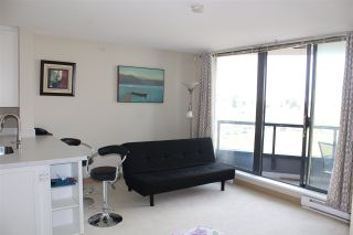 """Photo 5: 705 3520 CROWLEY Drive in Vancouver: Collingwood VE Condo for sale in """"THE MILLENIO"""" (Vancouver East)  : MLS®# R2446146"""