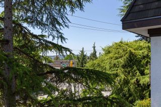 """Photo 18: 208 270 WEST 3RD Street in North Vancouver: Lower Lonsdale Condo for sale in """"Hampton Court"""" : MLS®# R2603839"""
