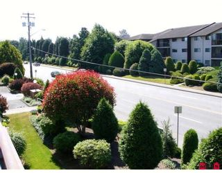 """Photo 10: 202 32885 GEORGE FERGUSON Way in Abbotsford: Central Abbotsford Condo for sale in """"Fairview Manor"""" : MLS®# F2821729"""