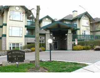 """Photo 2: 411 83 STAR Crescent in New_Westminster: Queensborough Condo for sale in """"RESIDENCE ON THE RIVER"""" (New Westminster)  : MLS®# V662719"""