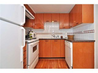 "Photo 7: 201 1818 W 6TH Avenue in Vancouver: Kitsilano Condo for sale in ""THE CARNEGIE"" (Vancouver West)  : MLS®# V969830"