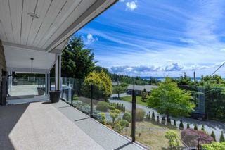 Photo 5: 4345 WOODCREST ROAD in West Vancouver: Cypress Park Estates House for sale : MLS®# R2612056
