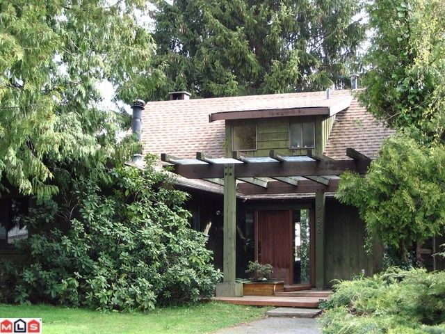 """Main Photo: 9186 APPLEHILL in Surrey: Queen Mary Park Surrey House for sale in """"Queen Mary Park"""" : MLS®# F1009390"""