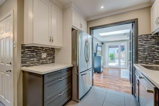 Photo 11: 2719 40 Street SW in Calgary: Glendale Detached for sale : MLS®# A1128228