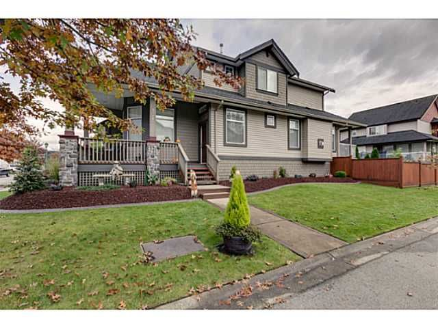 """Photo 2: Photos: 11220 BLANEY Crescent in Pitt Meadows: South Meadows House for sale in """"Bonson Landing"""" : MLS®# V1091417"""