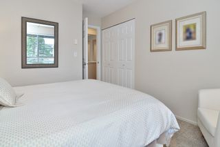 """Photo 15: 205 5556 201A Street in Langley: Langley City Condo for sale in """"Michaud Gardens"""" : MLS®# R2523718"""