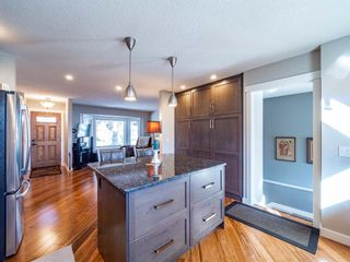 Photo 11: 327 Wascana Road SE in Calgary: Willow Park Detached for sale : MLS®# A1085818