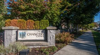 Photo 2: 3 8533 CUMBERLAND PLACE in Burnaby: The Crest Townhouse for sale (Burnaby East)  : MLS®# R2003903