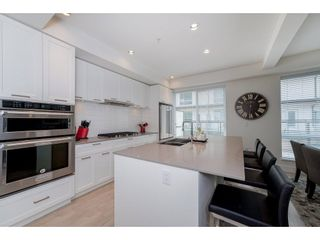 """Photo 7: 57 2825 159 Street in Surrey: Grandview Surrey Townhouse for sale in """"Greenway At The Southridge Club"""" (South Surrey White Rock)  : MLS®# R2259618"""