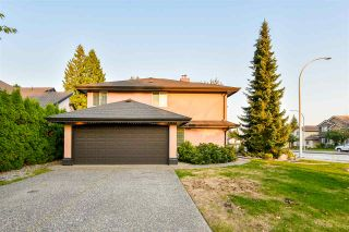 Photo 3: 15565 110 Avenue in Surrey: Fraser Heights House for sale (North Surrey)  : MLS®# R2503402