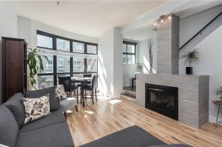 """Main Photo: 903 BEACH Avenue in Vancouver: Yaletown Townhouse for sale in """"Coral Court"""" (Vancouver West)  : MLS®# R2359028"""