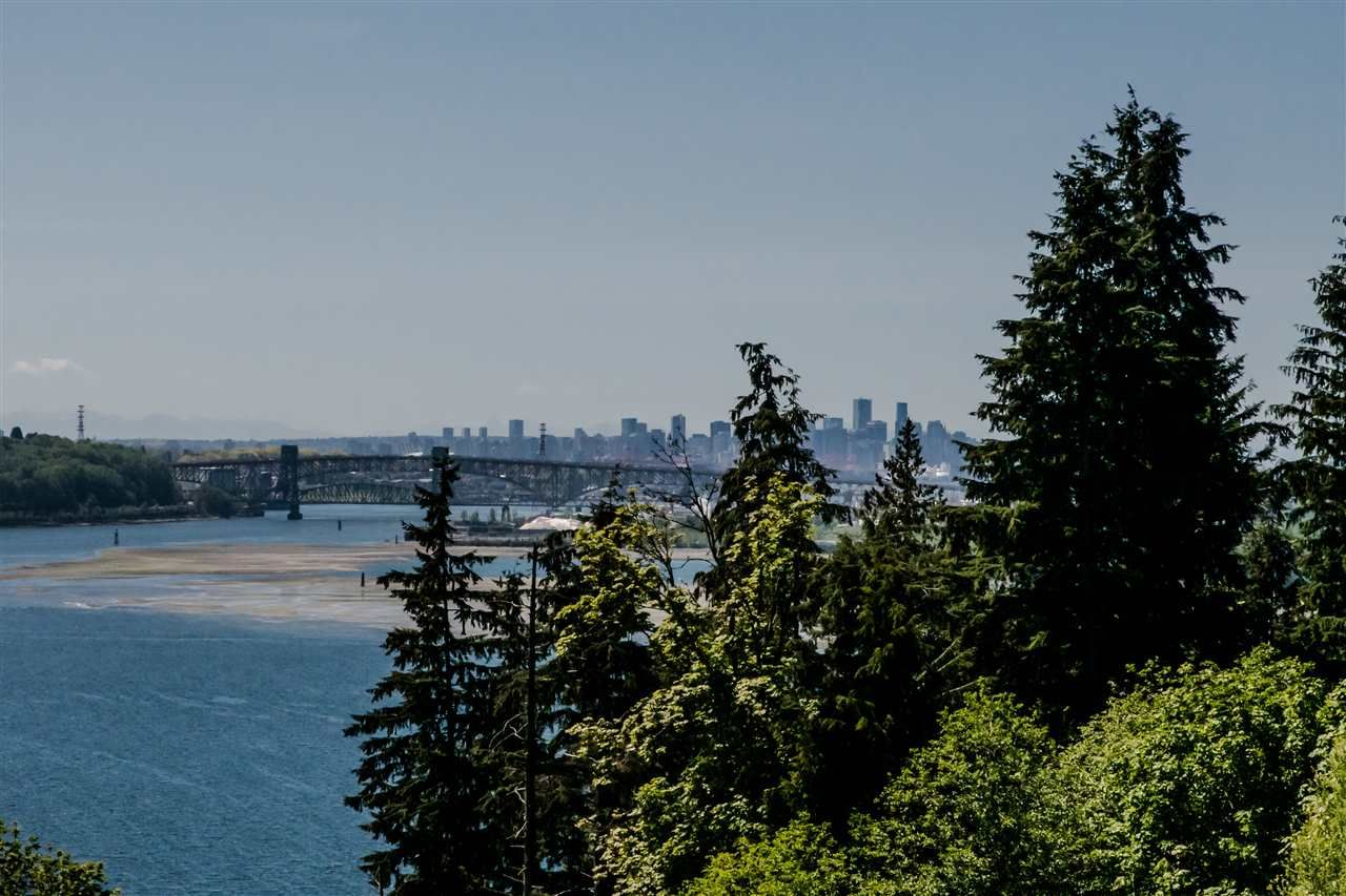 """Main Photo: 403 530 RAVEN WOODS Drive in North Vancouver: Roche Point Condo for sale in """"Seasons"""" : MLS®# R2367973"""