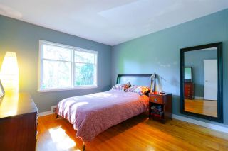 """Photo 7: 355 SHERBROOKE Street in New Westminster: Sapperton House for sale in """"Sapperton"""" : MLS®# R2332105"""