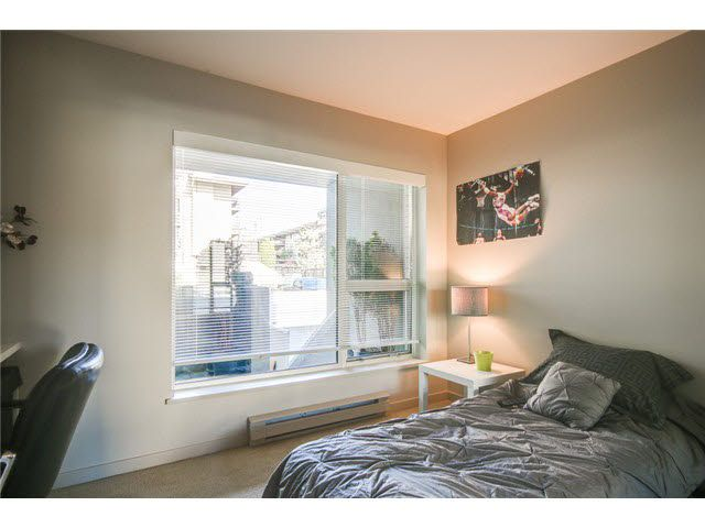 """Photo 13: Photos: 110 1288 CHESTERFIELD Avenue in North Vancouver: Central Lonsdale Condo for sale in """"ALINA"""" : MLS®# V1065611"""