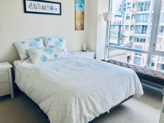 """Photo 12: 710 1088 RICHARDS Street in Vancouver: Yaletown Condo for sale in """"Richards Living"""" (Vancouver West)  : MLS®# R2349020"""