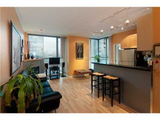 """Photo 3: # 2001 928 RICHARDS ST in Vancouver: Downtown VW Condo for sale in """"THE SAVOY"""" (Vancouver West)  : MLS®# V860098"""