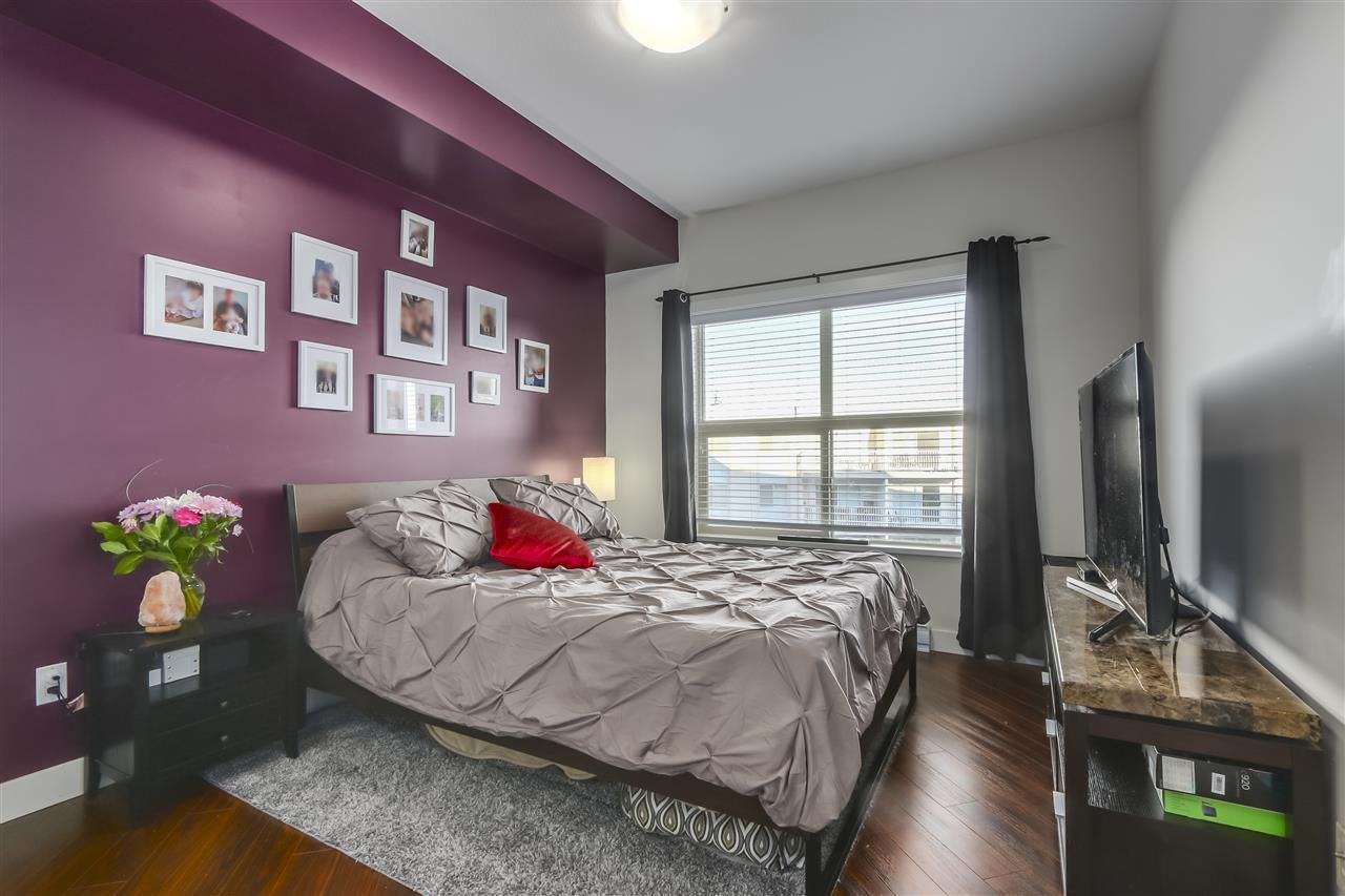 """Photo 12: Photos: 308 20219 54A Avenue in Langley: Langley City Condo for sale in """"SUEDE"""" : MLS®# R2333974"""
