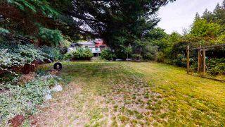 "Photo 2: 8023 COOPER Road in Halfmoon Bay: Halfmn Bay Secret Cv Redroofs House for sale in ""WELCOME WOODS HALFMOON BAY"" (Sunshine Coast)  : MLS®# R2494529"