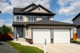 Photo 1: 36 Kelly Place in Winnipeg: House for sale : MLS®# 202116253