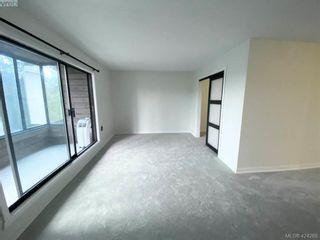 Photo 10: 402 1571 Mortimer St in VICTORIA: SE Cedar Hill Condo for sale (Saanich East)  : MLS®# 837902