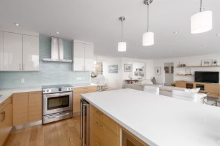 """Photo 13: 1901 1835 MORTON Avenue in Vancouver: West End VW Condo for sale in """"Ocean Towers"""" (Vancouver West)  : MLS®# R2580468"""