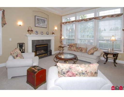 Photo 3: Photos: 9128 206TH Street in Langley: Walnut Grove House for sale : MLS®# F2907012