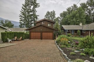 Photo 1: 18 6172 Squilax Anglemont Road in Magna Bay: North Shuswap House for sale (Shuswap)  : MLS®# 10164622