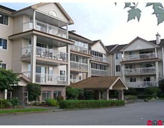 "Photo 1: 304 2491 GLADWIN Road in Abbotsford: Abbotsford West Condo for sale in ""LAKEWOOD GARDENS"" : MLS®# F2827958"