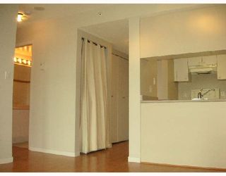 """Main Photo: 2101 1188 HOWE Street in Vancouver: Downtown VW Condo for sale in """"1188 HOWE"""" (Vancouver West)  : MLS®# V694208"""