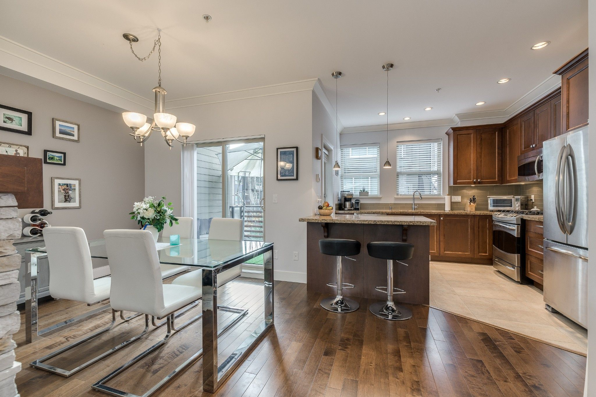 Photo 3: Photos: 24 897 Premier Street in : Lynnmour Townhouse for sale (North Vancouver)