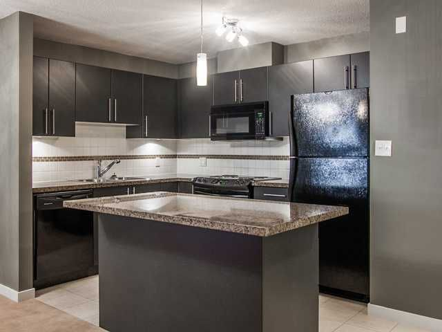 """Main Photo: 1504 2225 HOLDOM Avenue in Burnaby: Central BN Condo for sale in """"LEGACY TOWERS"""" (Burnaby North)  : MLS®# V987068"""