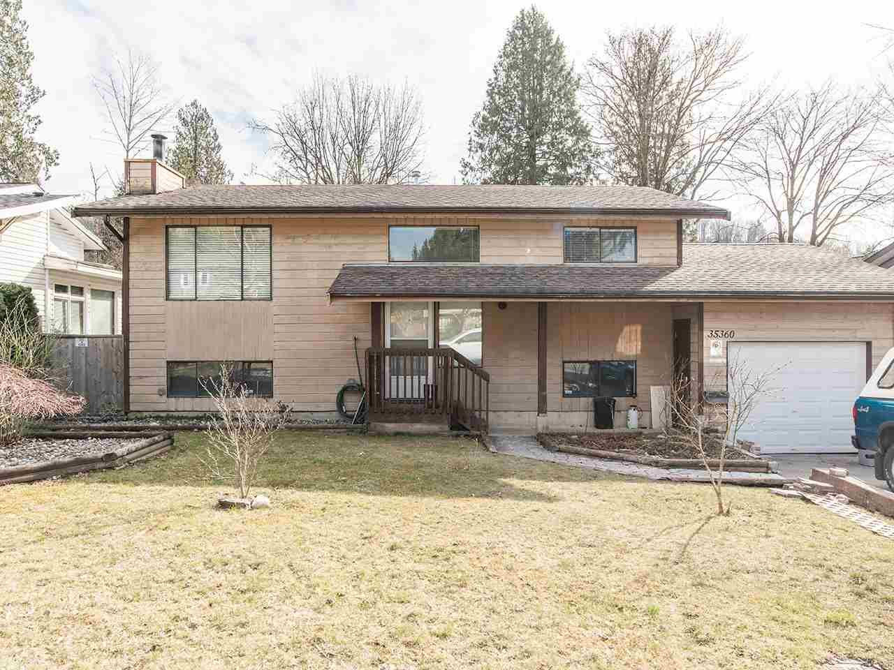 Main Photo: 35360 SELKIRK Avenue in Abbotsford: Abbotsford East House for sale : MLS®# R2551708