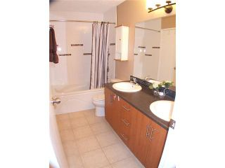 """Photo 7: 17 9331 NO 5 Road in Richmond: Ironwood Townhouse for sale in """"KINGSWOOD DOWNES"""" : MLS®# V927625"""
