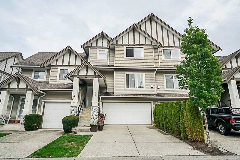 Main Photo: 78 18221 68 Avenue in Surrey: Cloverdale BC Townhouse for sale (Cloverdale)  : MLS®# R2209189