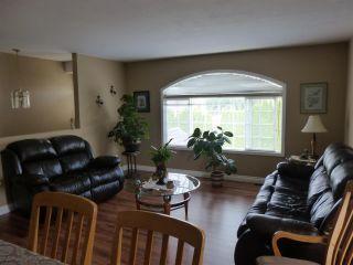 Photo 3: 6382 SELKIRK Street in Sardis: Sardis West Vedder Rd House for sale : MLS®# R2123260