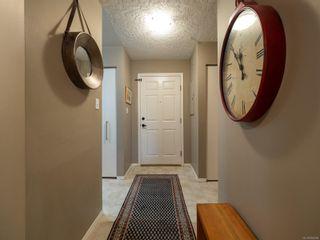 Photo 20: 408 2511 Quadra St in Victoria: Vi Hillside Condo for sale : MLS®# 859868